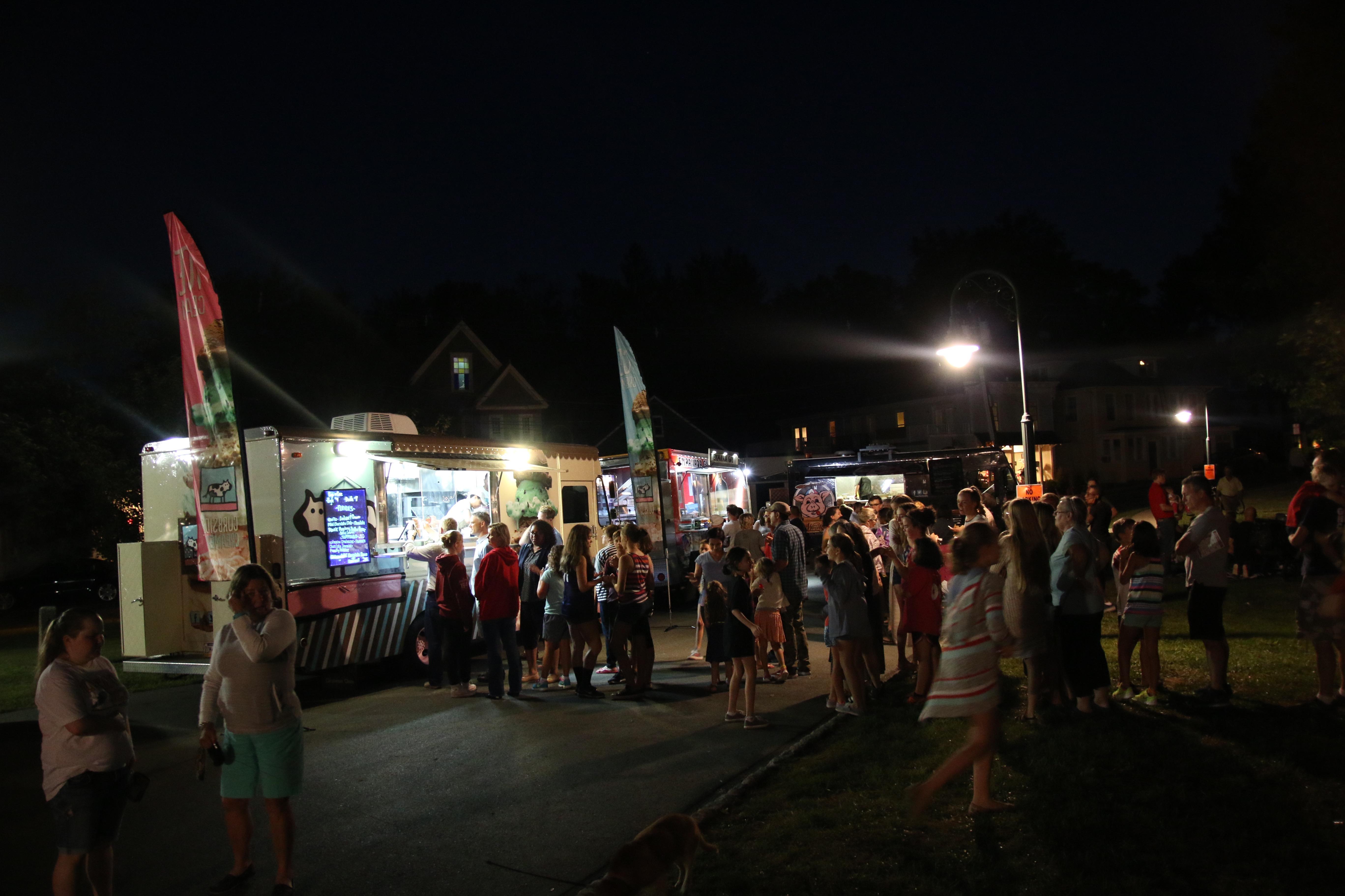 Food Truck Friday, Neighborhood Fun and Fabulous Food (Photos)