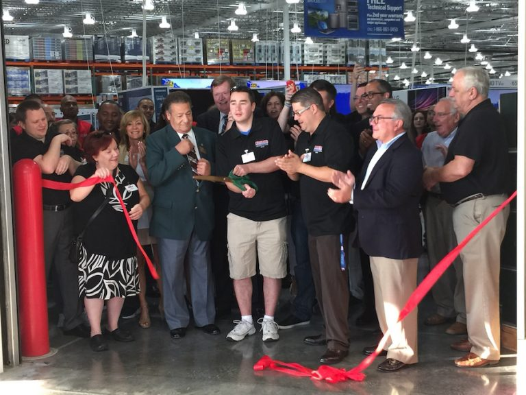 Costco Opens in Lawrence Township