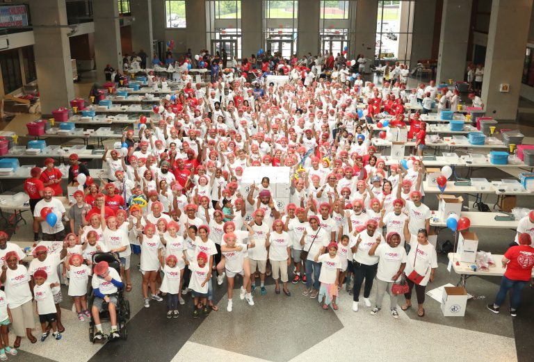 ONE Project hosts hunger volunteer event