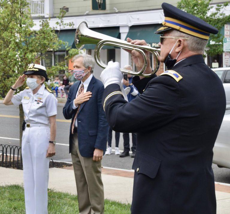 Pennington remembers fallen heroes